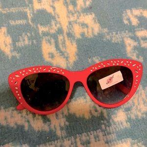 Betsey Johnson rhinestone cat eye sunglasses NWT